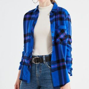 NWT BDG Blue Plaid Flannel Button Down Size Small